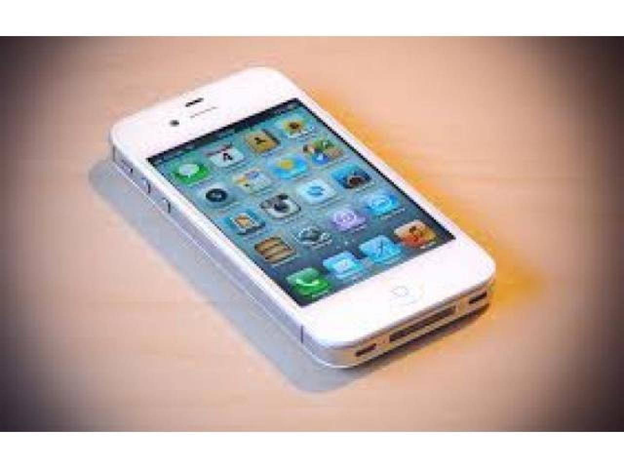 Iphone 4s 8gb .Продам или обменяю,полностью рабочий без повреждений и царапин - 1