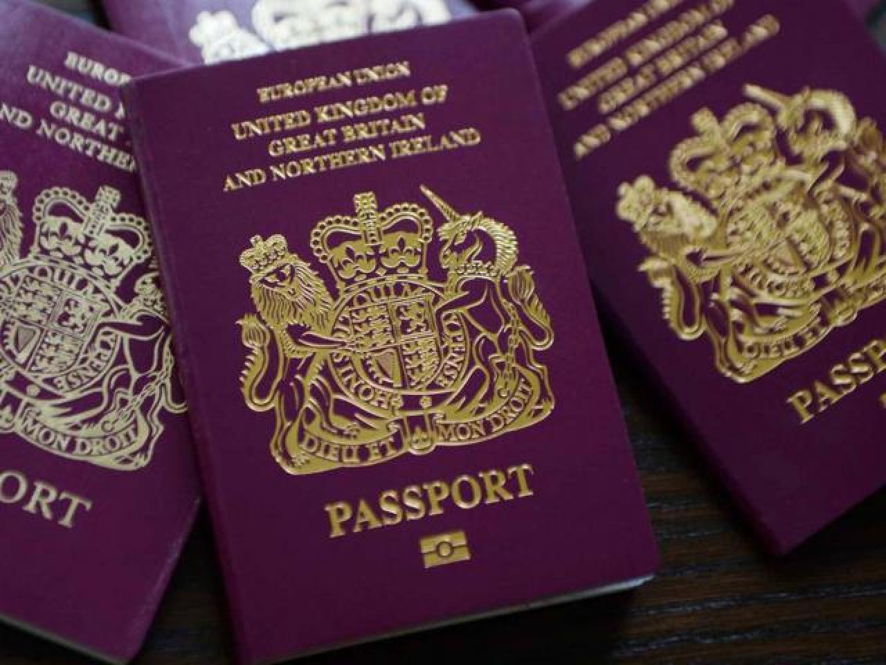 Британская Компания помогает оформлять любые документы для проживания в UK - 1