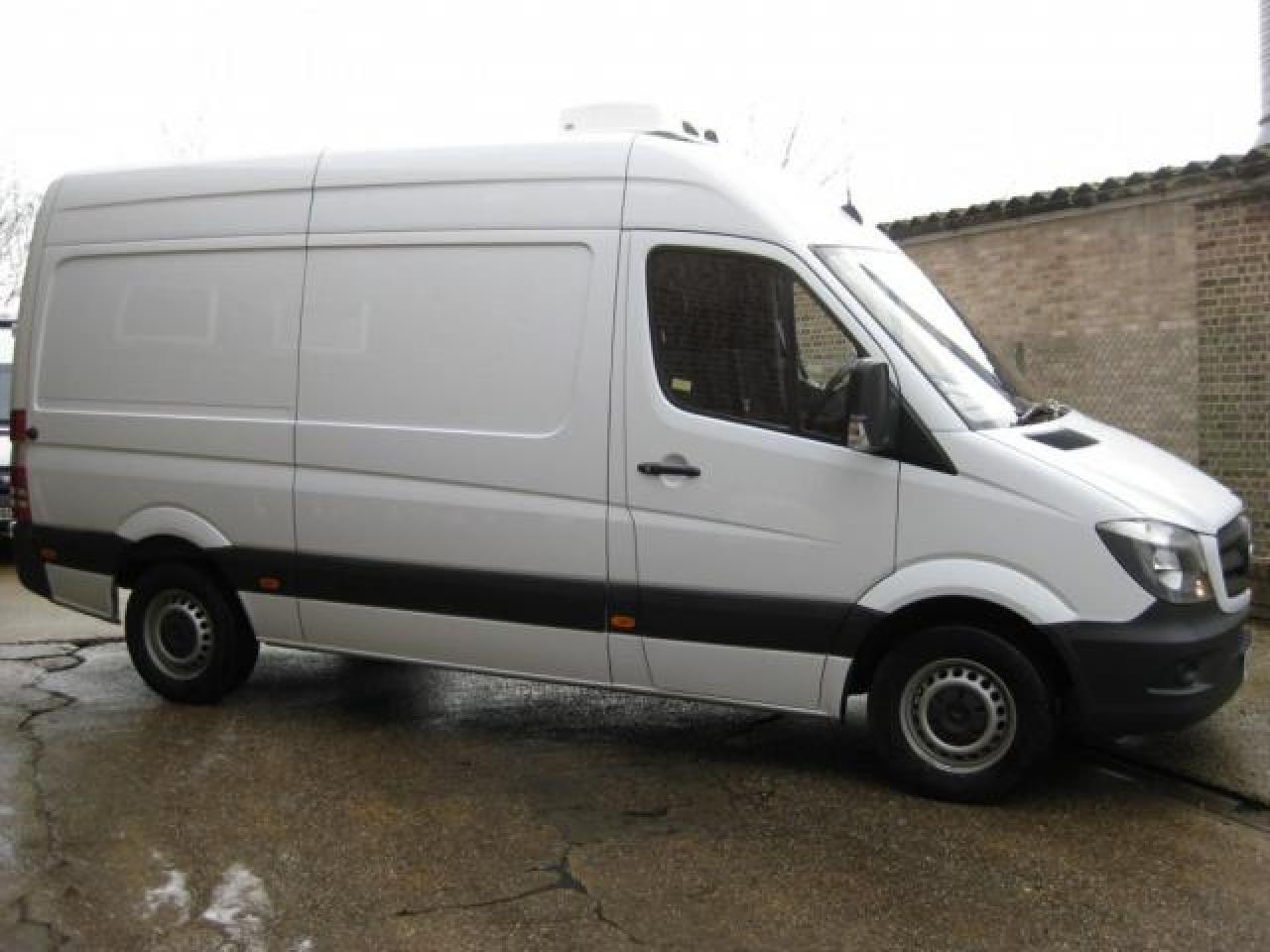 Мы осуществляем грузовые и пассажирские перевозки по  лучшим ценам! - 1