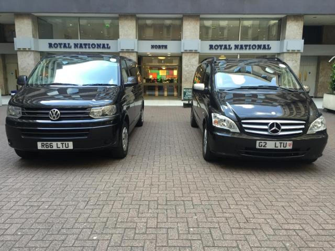 London airport  taxi 24/7 - 2/3