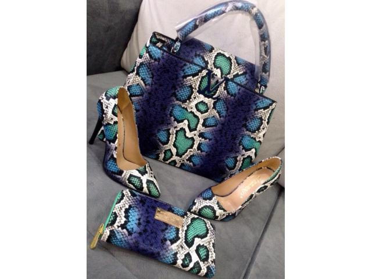 Обувь и сумочки копии знаменитых брендов - 6