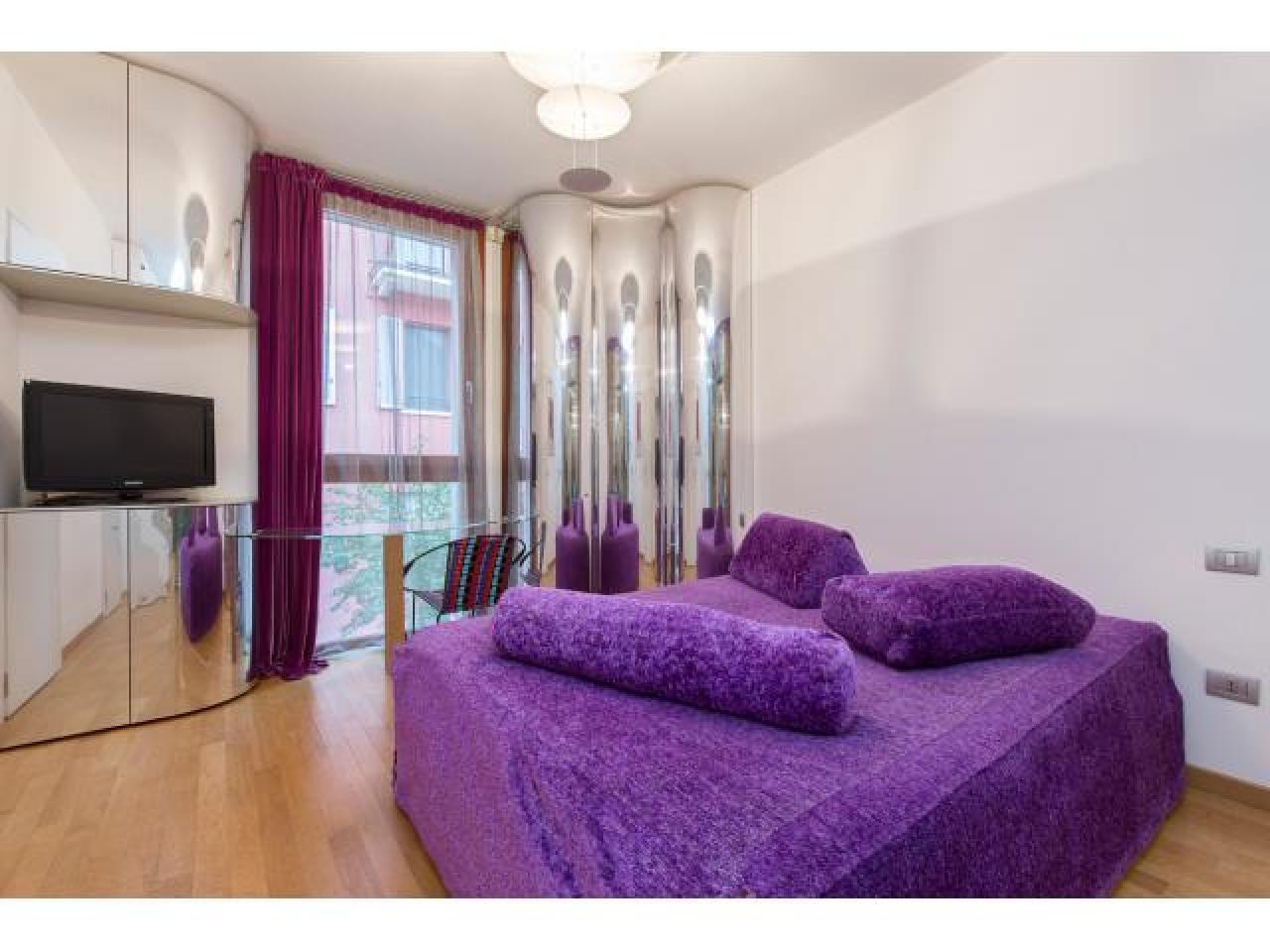 Апартаменты-вилла в Милане - 2