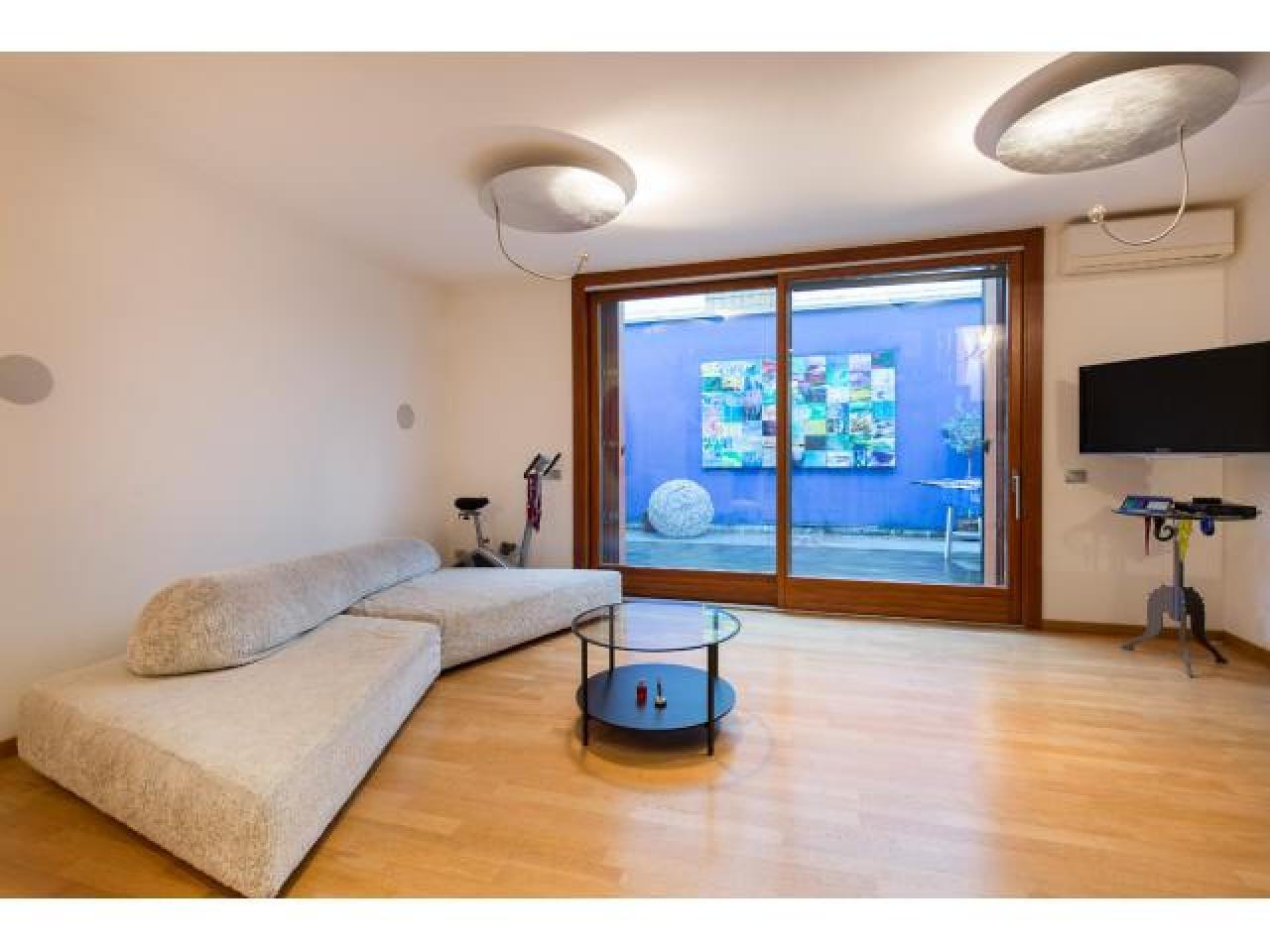 Апартаменты-вилла в Милане - 7