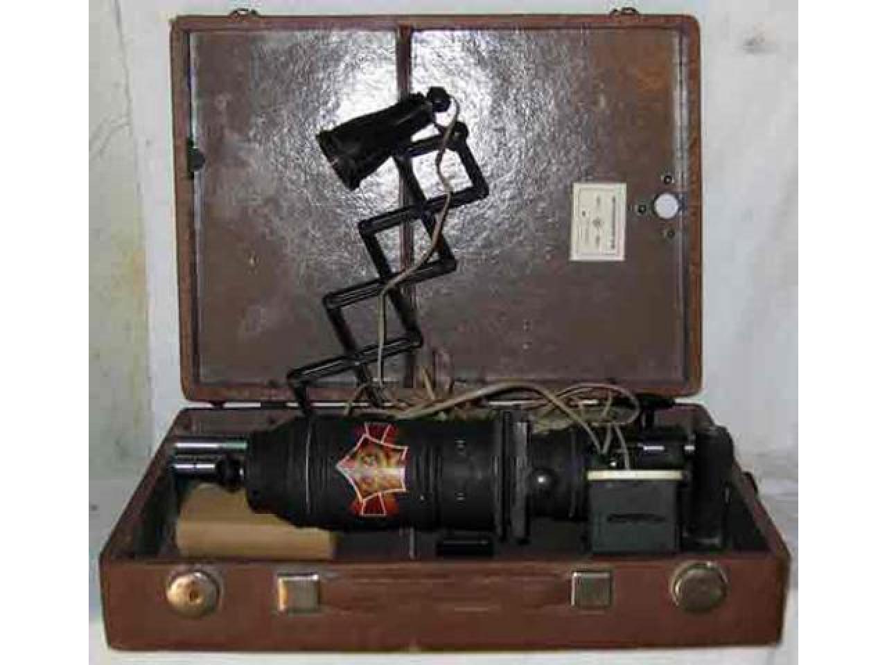 Фотоувеличитель УПА-2 1959 год выпуска - 1