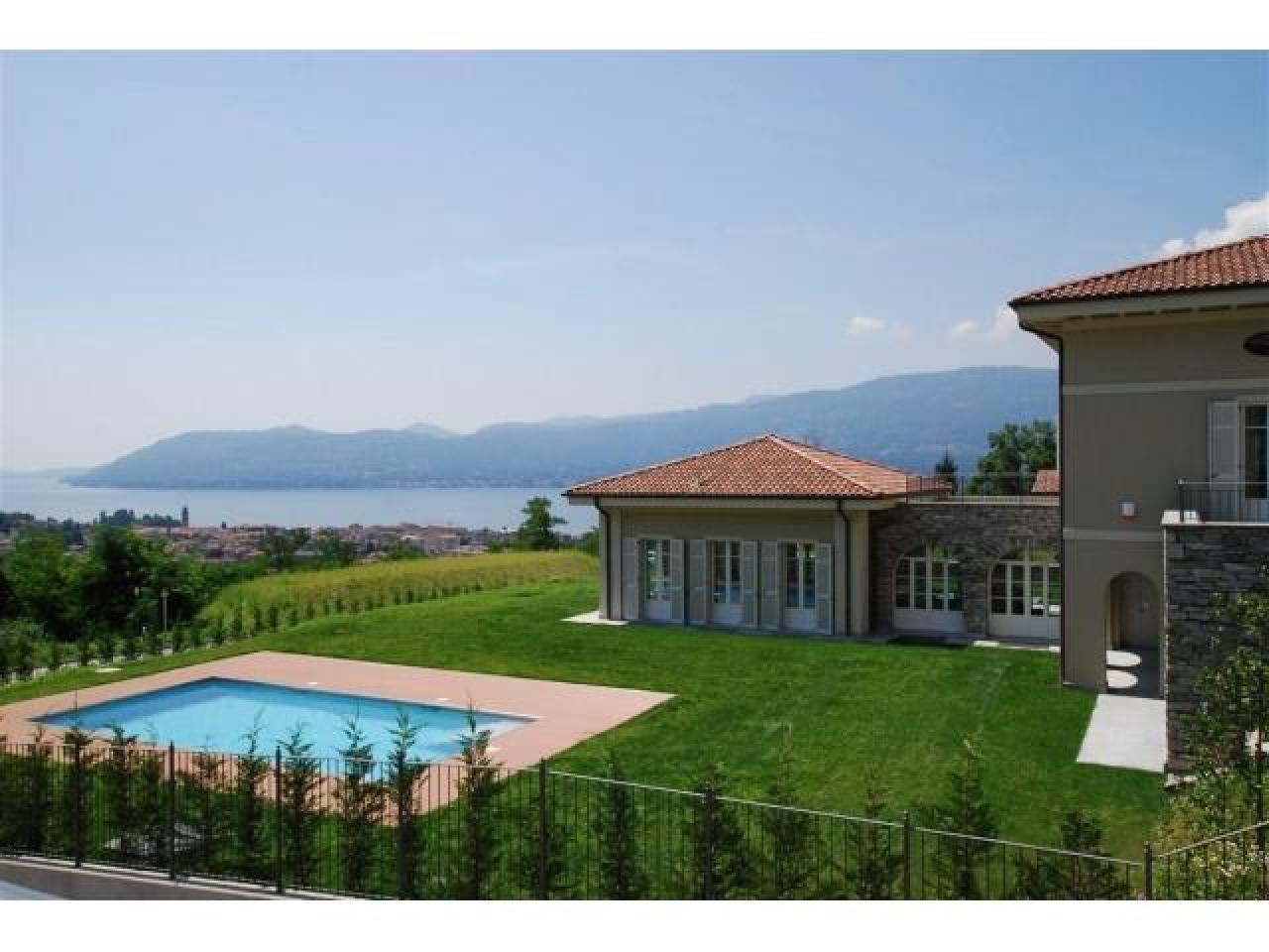 Вилла в Палланце (Италия) на озере Маджоре - 1