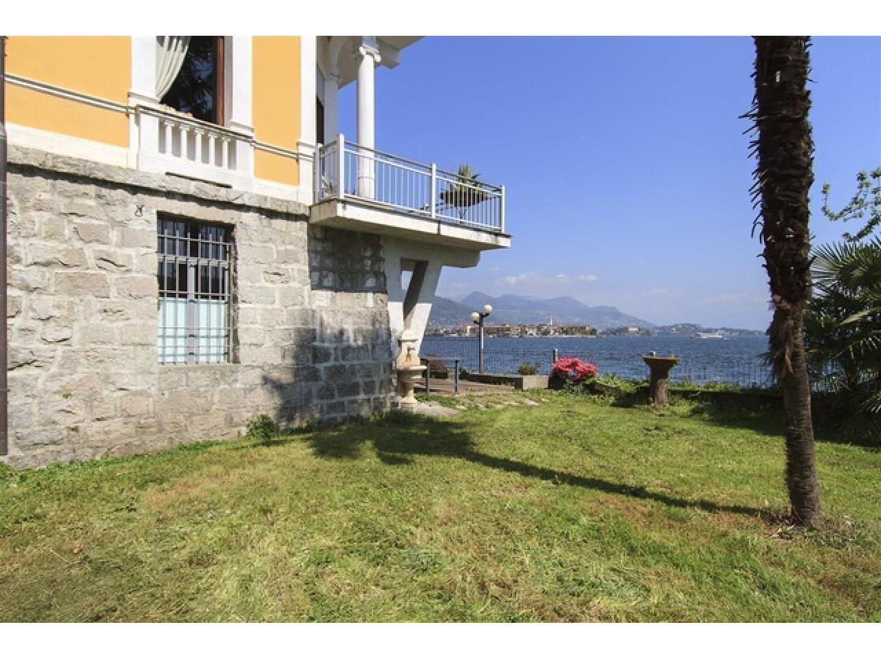 Вилла в Бавено (Италия) на озере Маджоре - 5
