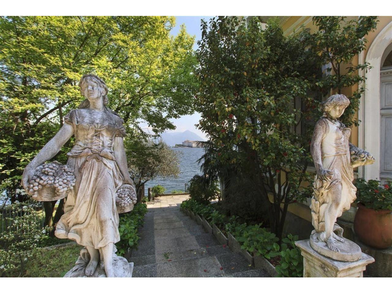 Вилла в Бавено (Италия) на озере Маджоре - 7