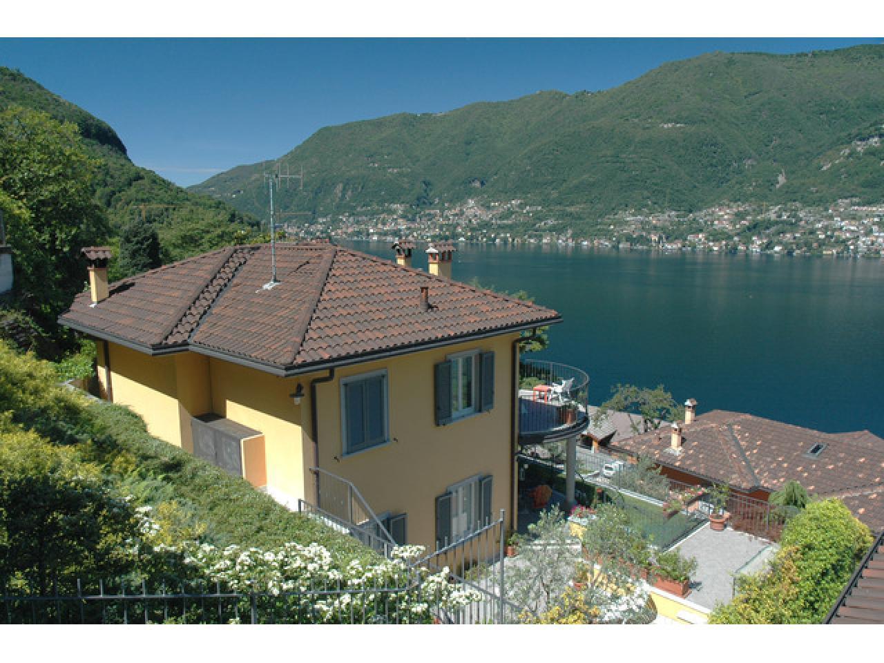 Вилла в Фаджето Ларио (Италия) на озере Комо - 1