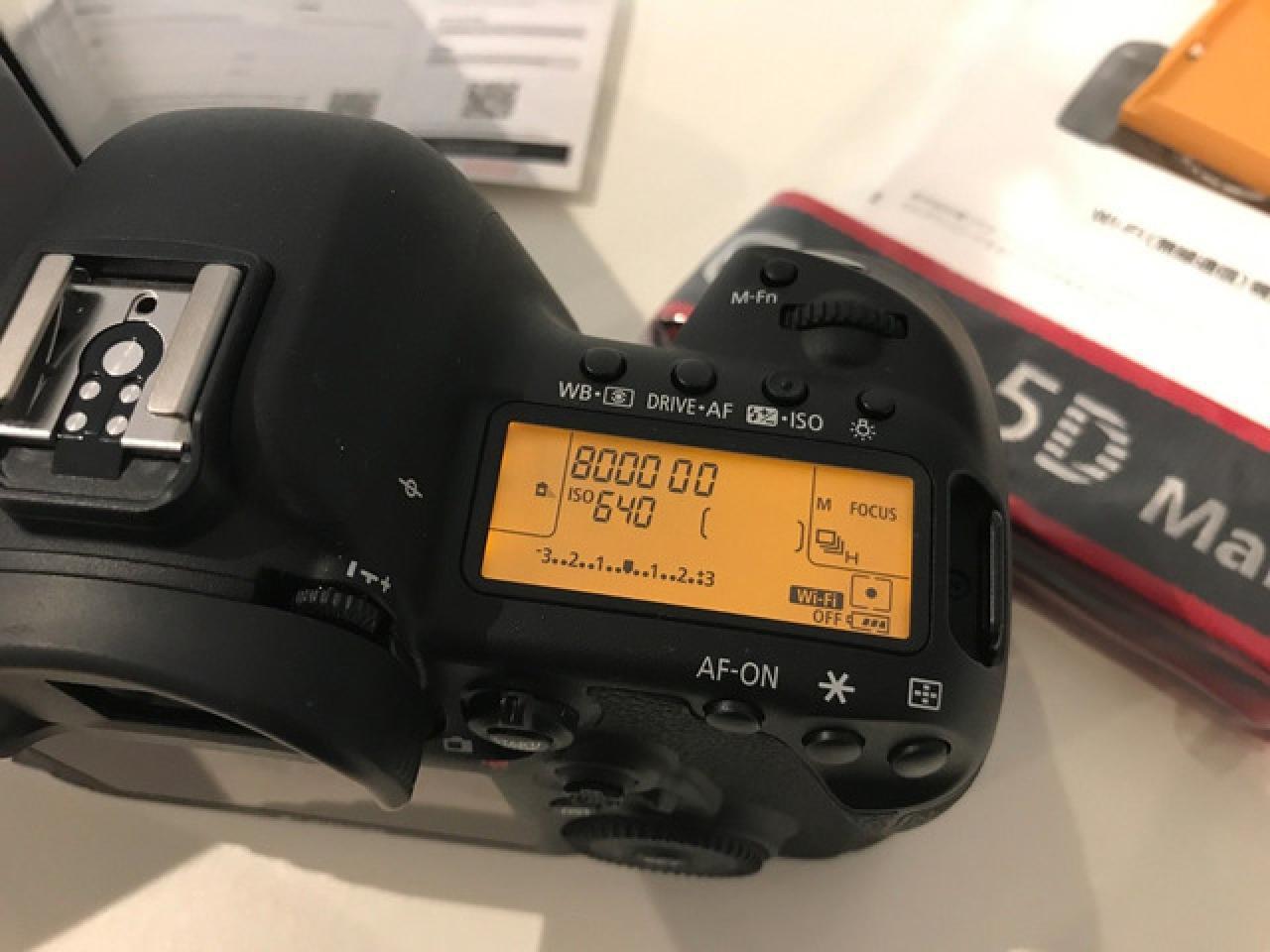 Canon EOS 5D Mark IV 30.4MP Full Frame 4K DSLR Camera Body + 64GB Pro Video Kit - 1