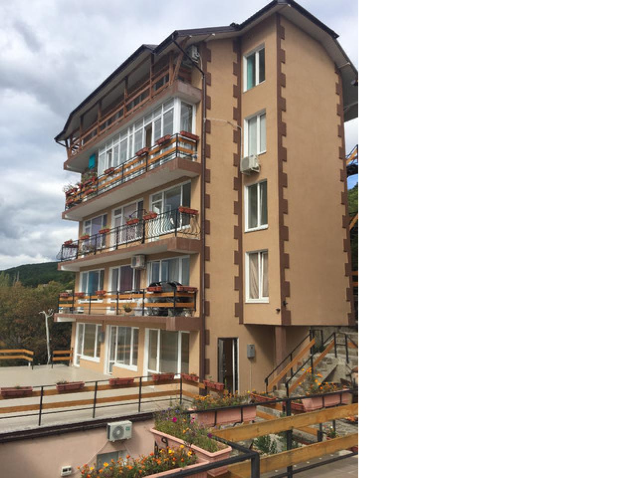 3-х комнатная квартира в Алупке, Крым, РОССИЯ  цена £87,000 Пишите, звоните! - 11