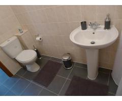 Требуется работоспособная уборщица в новый мини отель, хорошие условия - Image 4