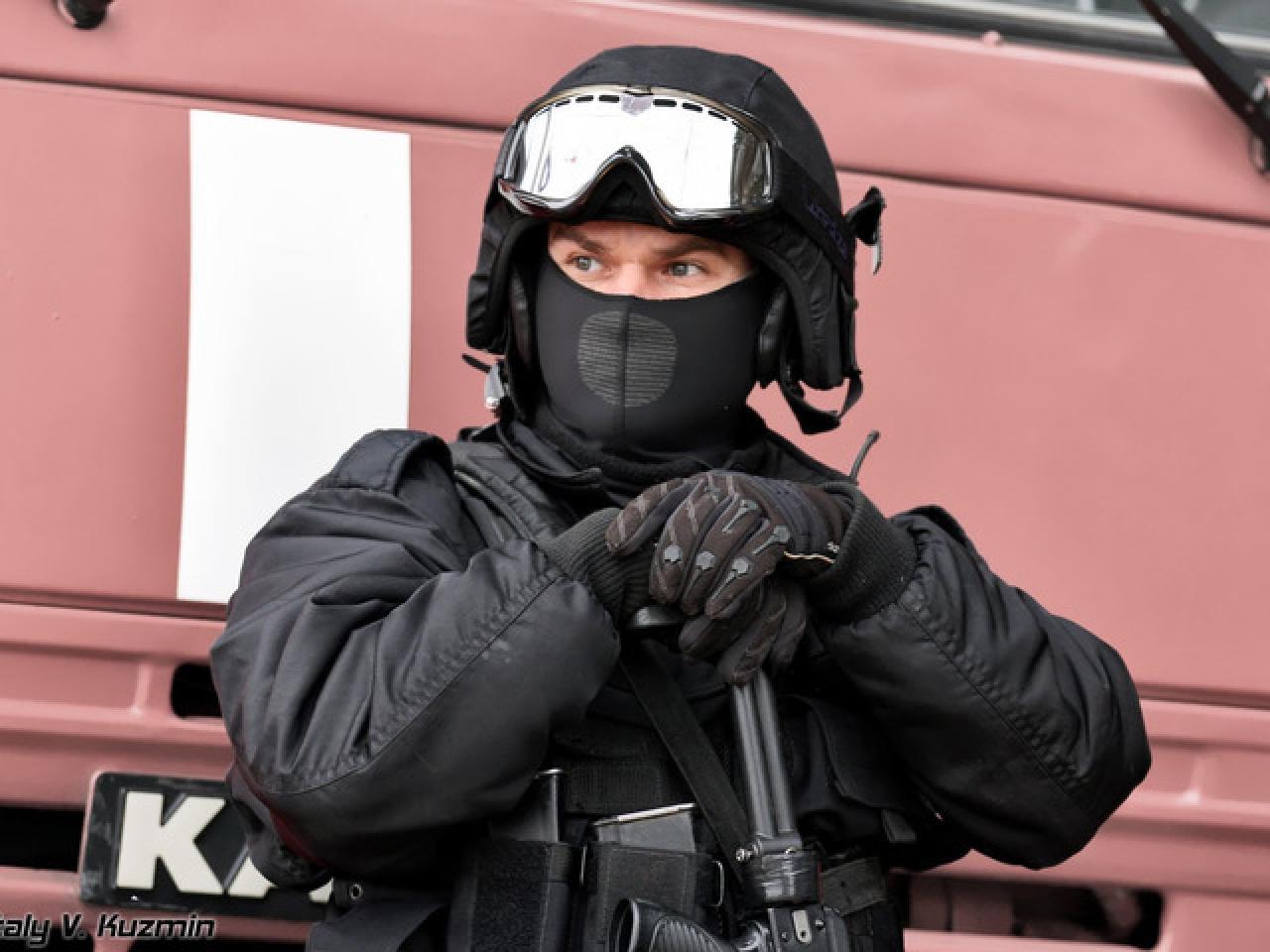 Предлагаю услуги профессионального телохранителя и водителя. - 2