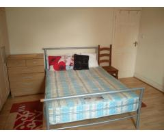 Сдаю Double Room Hounslow central - Hounslow East