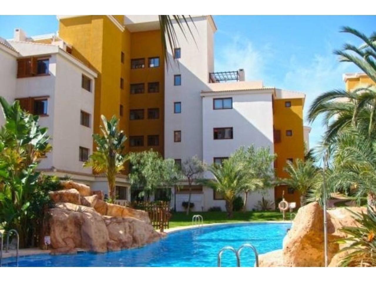 Недвижимость в Испании,Новая квартира на берегу моря от застройщика в Торревьехе - 4