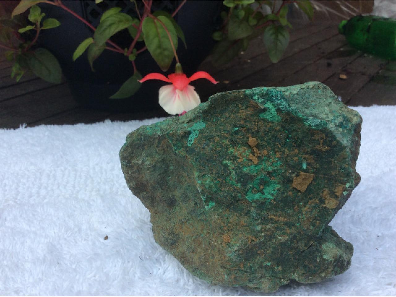 Натуральный необработанный камень хризоколла {зелены) - 3