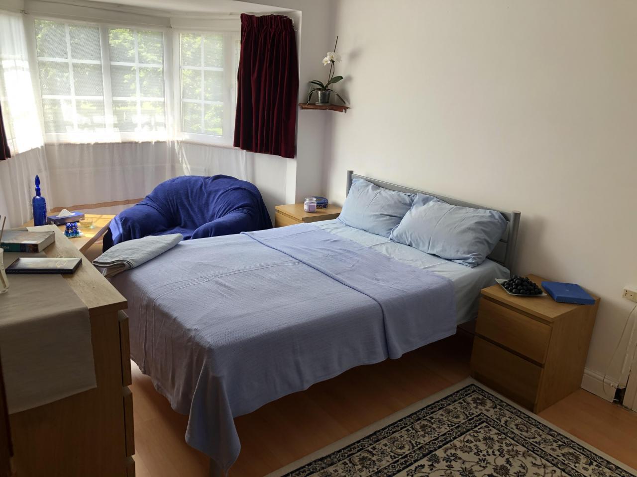 Сдаётся большая двухспальная комната Tooting - 2