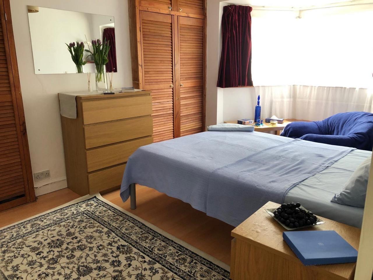 Сдаётся большая двухспальная комната Tooting - 4
