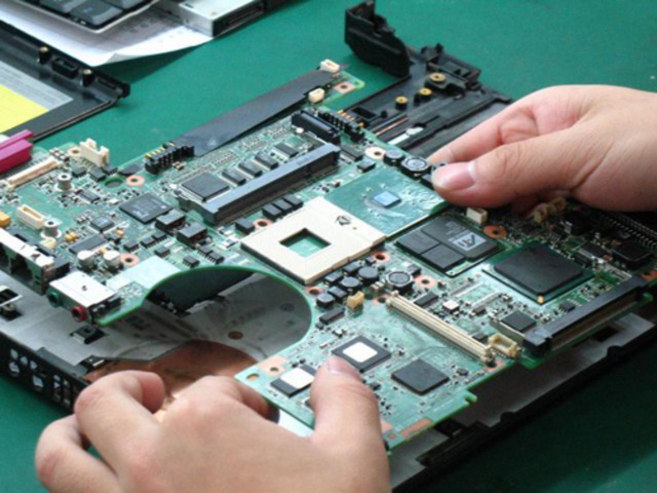 Ремонт компьютеров,ноутбуков,macbook,imac,ребоулинг и замена видео чипов,снятие паролей. - 1