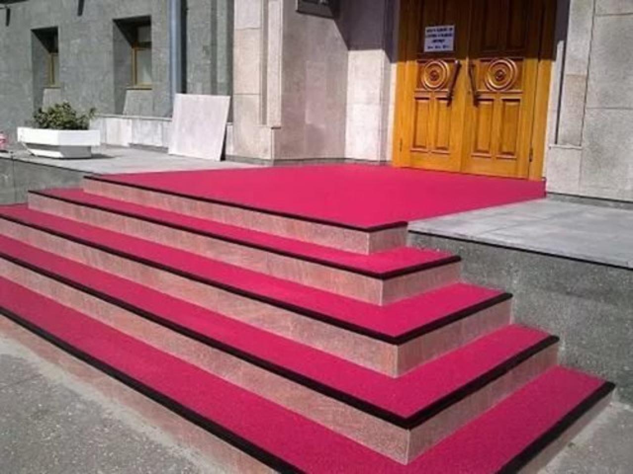 Противоскользящее покрытие для ступеней и лестницы по минимальной цене. - 2