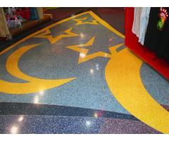 Напольное покрытие каменный пол с использованием кварцевого песка.