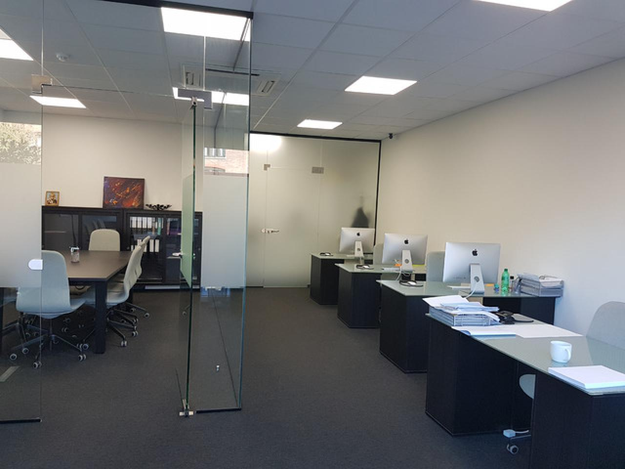 Сдается рабочее место или часть офиса с доступом в Meeting room - 6