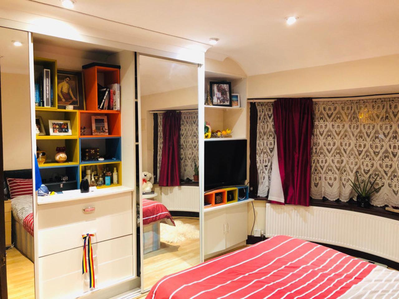 Сдаются 2 Дабл комнаты и одна комната с ванной и туалетом!!! - 2