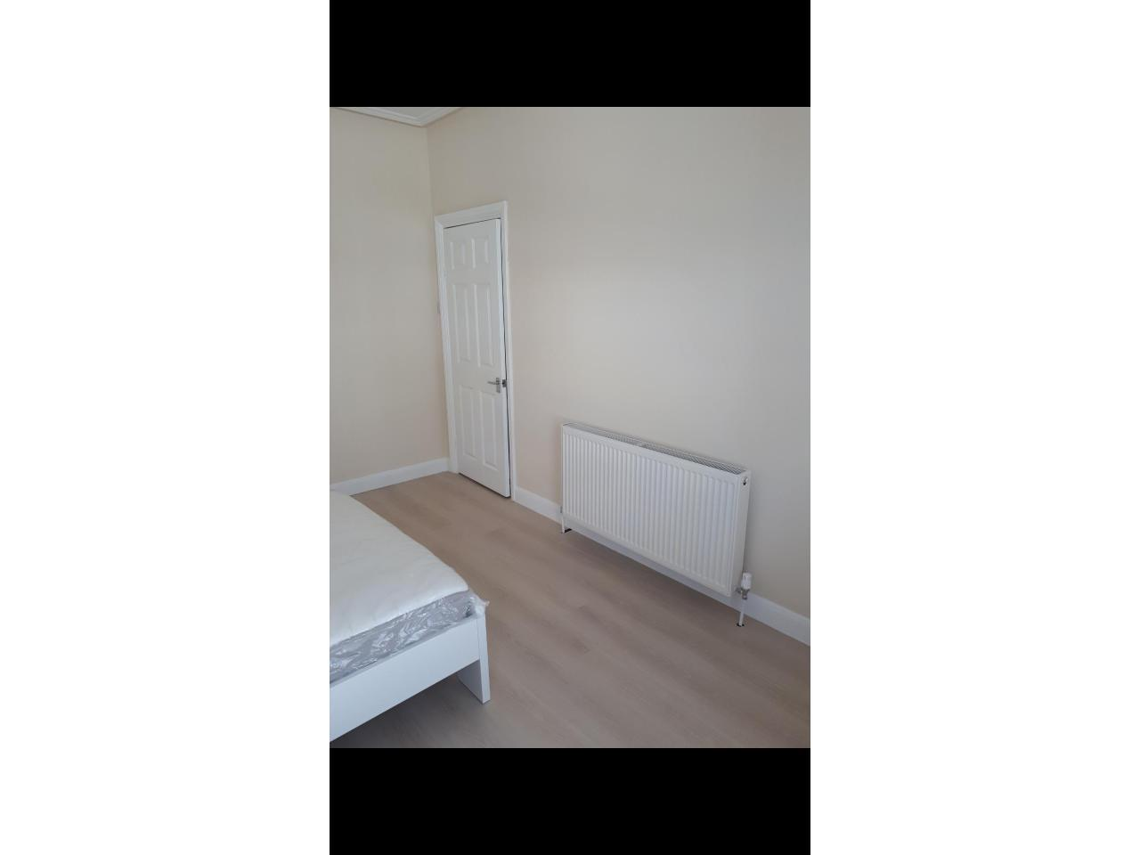 Большая комната для одного £110/неделю - 1