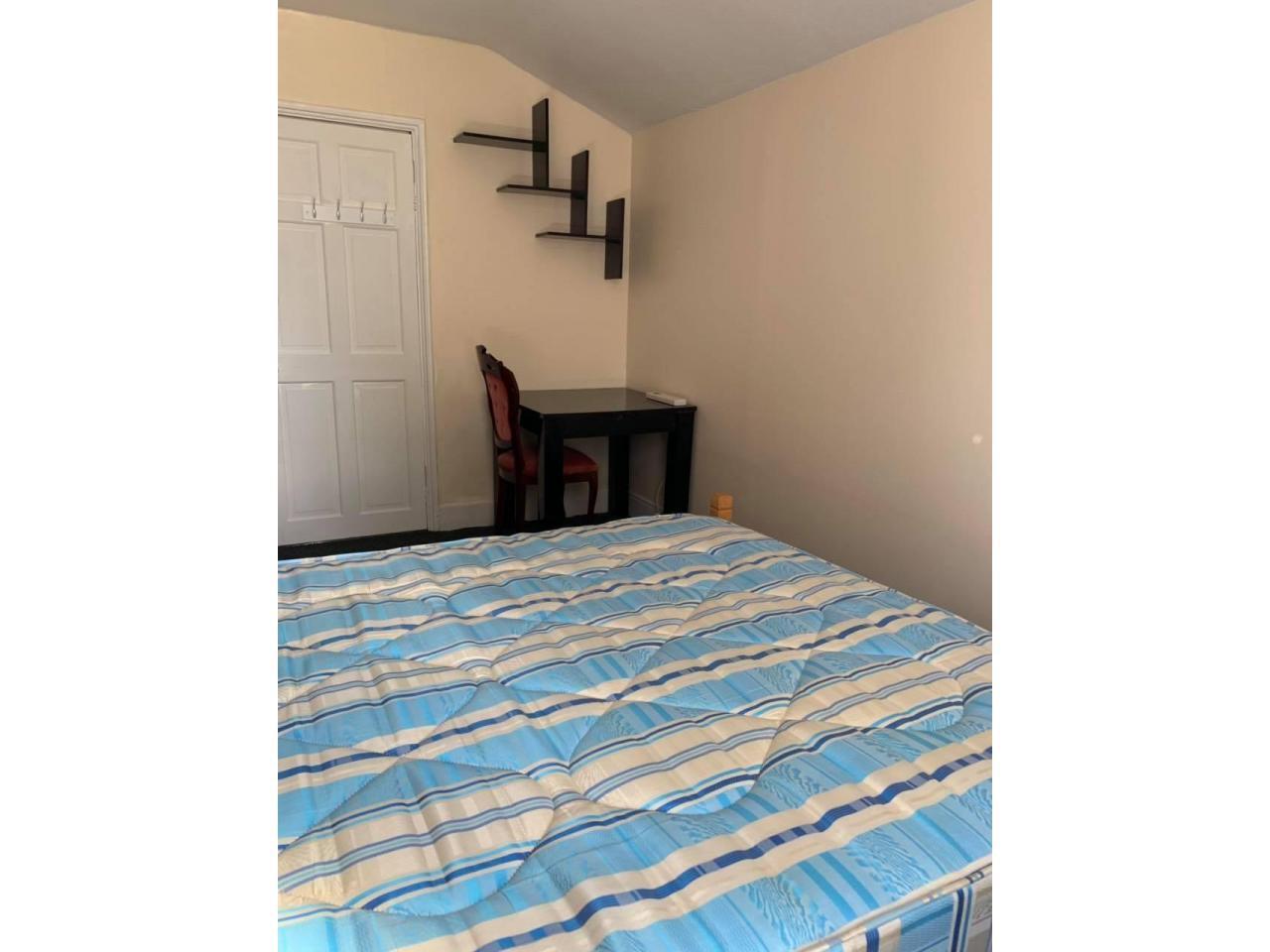 Double Room £150 per week - 2
