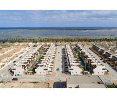 Недвижимость в Испании, Новые бунгало рядом с морем от застройщика в Сан-Педро-дель-Пинатар - Image 3