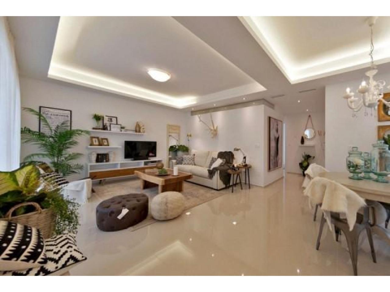 Недвижимость в Испании, Новые бунгало от застройщика в Сьюдад Кесада,Коста Бланка,Испания - 2