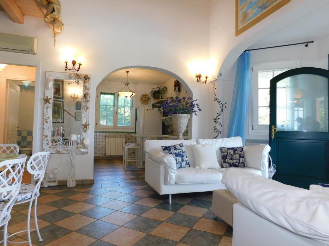 Аренда виллы для отдыха на острове Альбарелла, Италия - 3