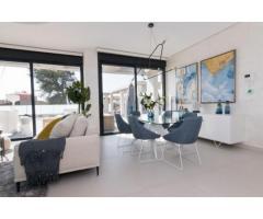 Недвижимость в Испании, Новая вилла рядом с морем от застройщика в Кампельо - Image 2