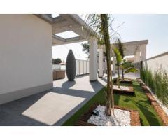 Недвижимость в Испании, Новая вилла рядом с морем от застройщика в Кампельо - Image 3