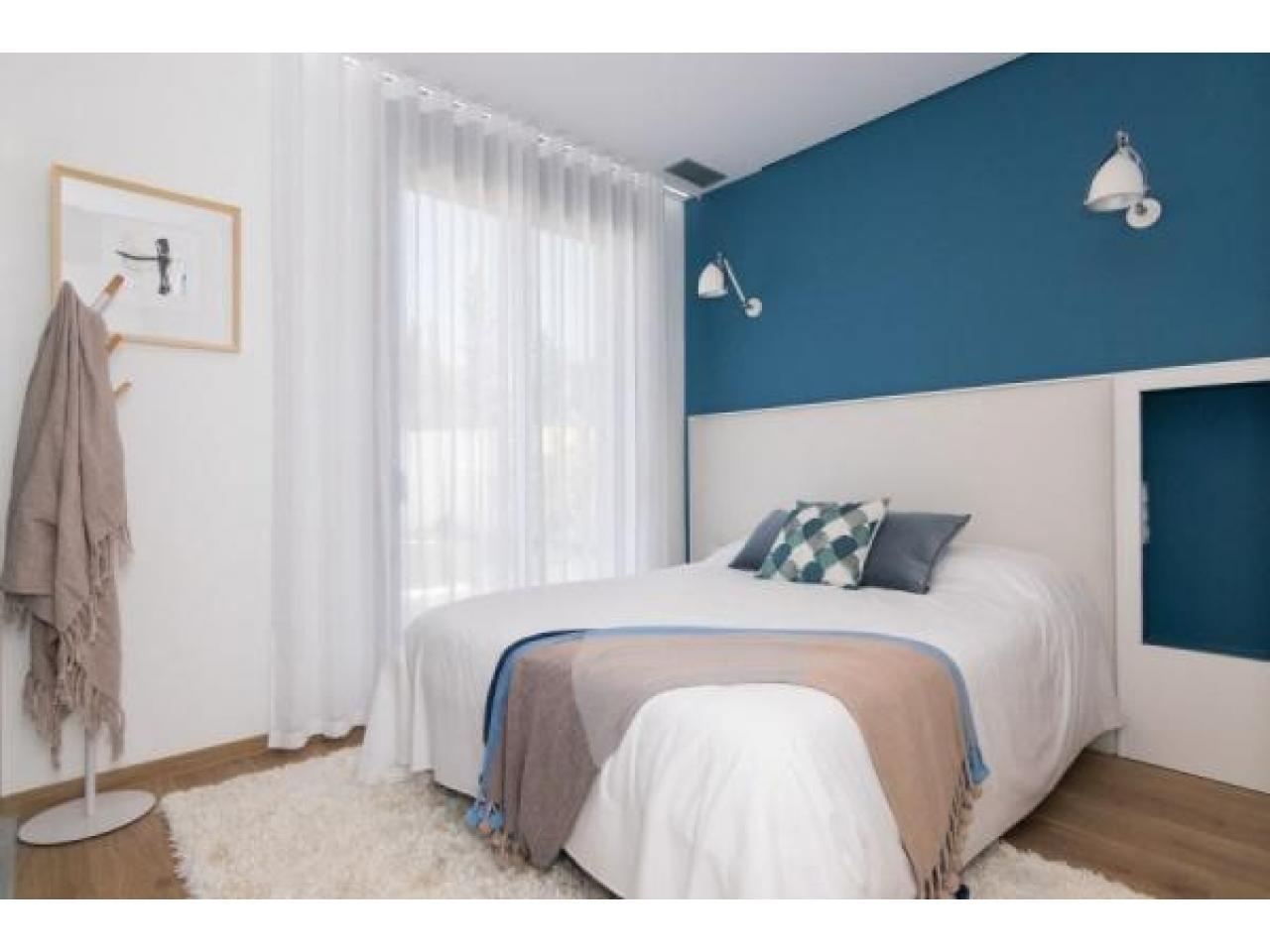 Недвижимость в Испании, Новая вилла рядом с морем от застройщика в Кампельо - 7