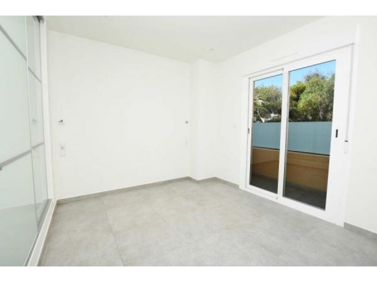 Недвижимость в Испании, Новые квартиры рядом с пляжем от застройщика в Ла Мата,Торревьеха - 8