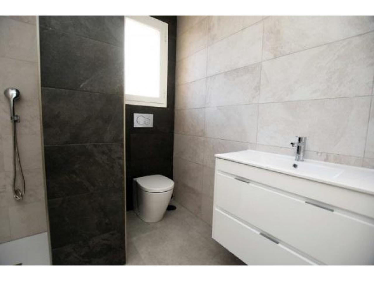 Недвижимость в Испании, Новые квартиры рядом с пляжем от застройщика в Ла Мата,Торревьеха - 9