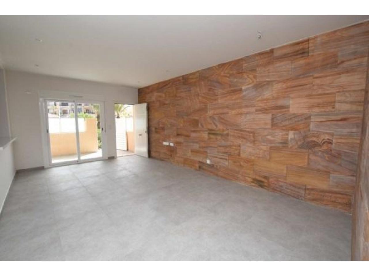 Недвижимость в Испании, Новые квартиры рядом с пляжем от застройщика в Ла Мата,Торревьеха - 10