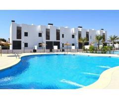 Недвижимость в Испании, Новые бунгало рядом с пляжем от застройщика в Миль Пальмерас - Image 1