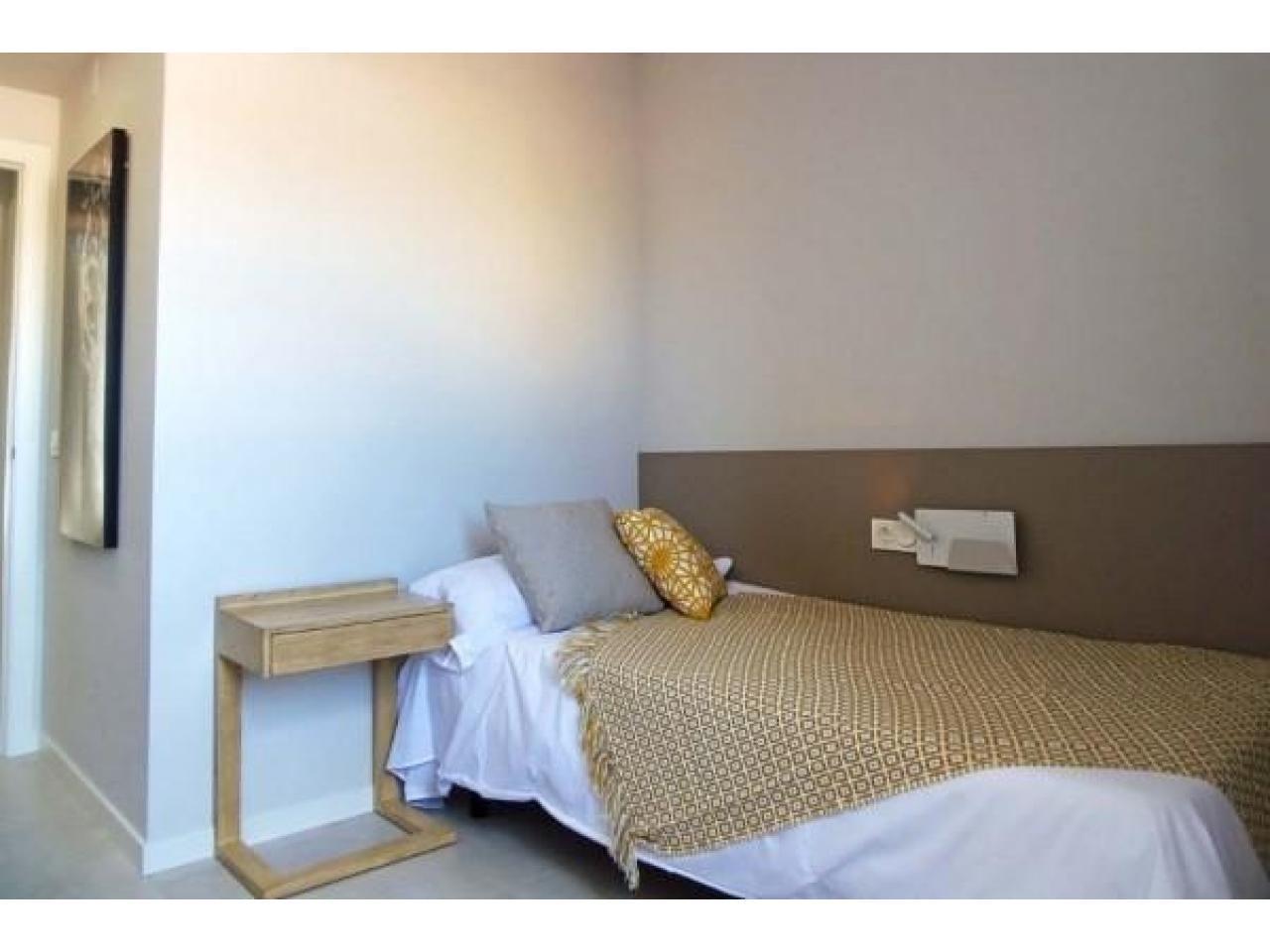 Недвижимость в Испании, Новые бунгало рядом с пляжем от застройщика в Миль Пальмерас - 7