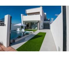 Недвижимость в Испании, Новая вилла рядом с пляжем от застройщика в Сан-Хавьер - Image 1