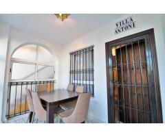 Apartment in Torrevieja, Spain for rent - Image 2