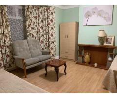 Ha BECKTON, UPTON PARK, MAN0R PARK  комнаты для пары и одного . - Image 5