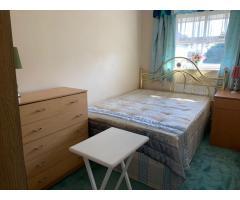 Ha BECKTON, UPTON PARK, MAN0R PARK  комнаты для пары и одного . - Image 7