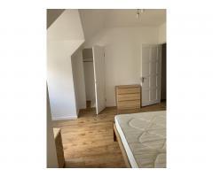 Сдается 2-местная просторная комната,Dagenham - Image 3