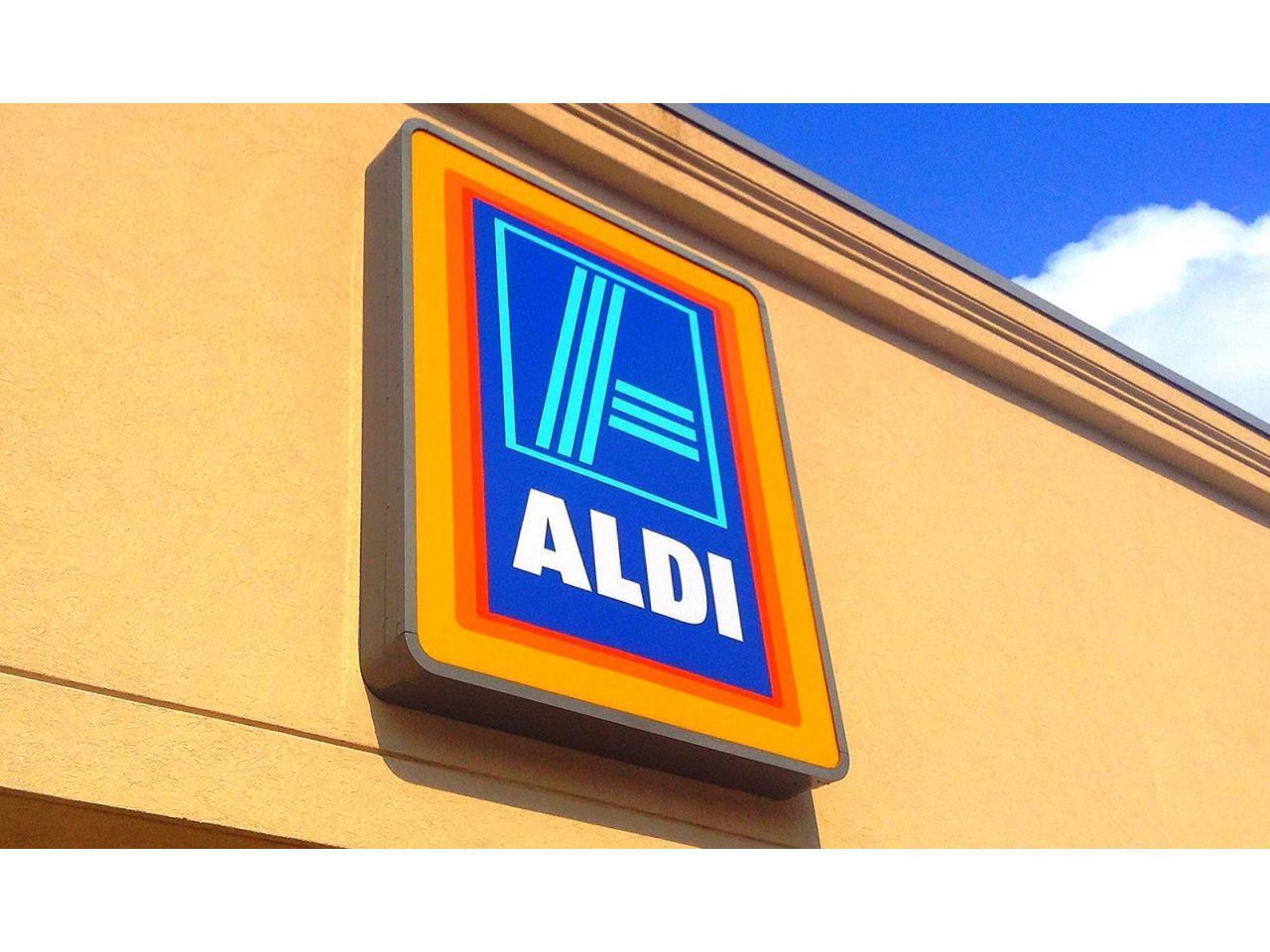 Продается высокорентабельный супермаркет с якорным арендатором в Испании. - 1
