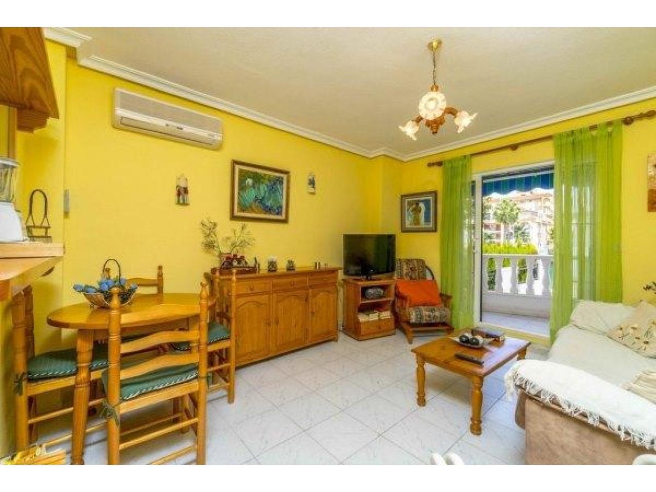 Недвижимость в Испании, Квартира рядом с пляжем в Ла Мата,Торревьеха,Коста Бланка,Испания - 2