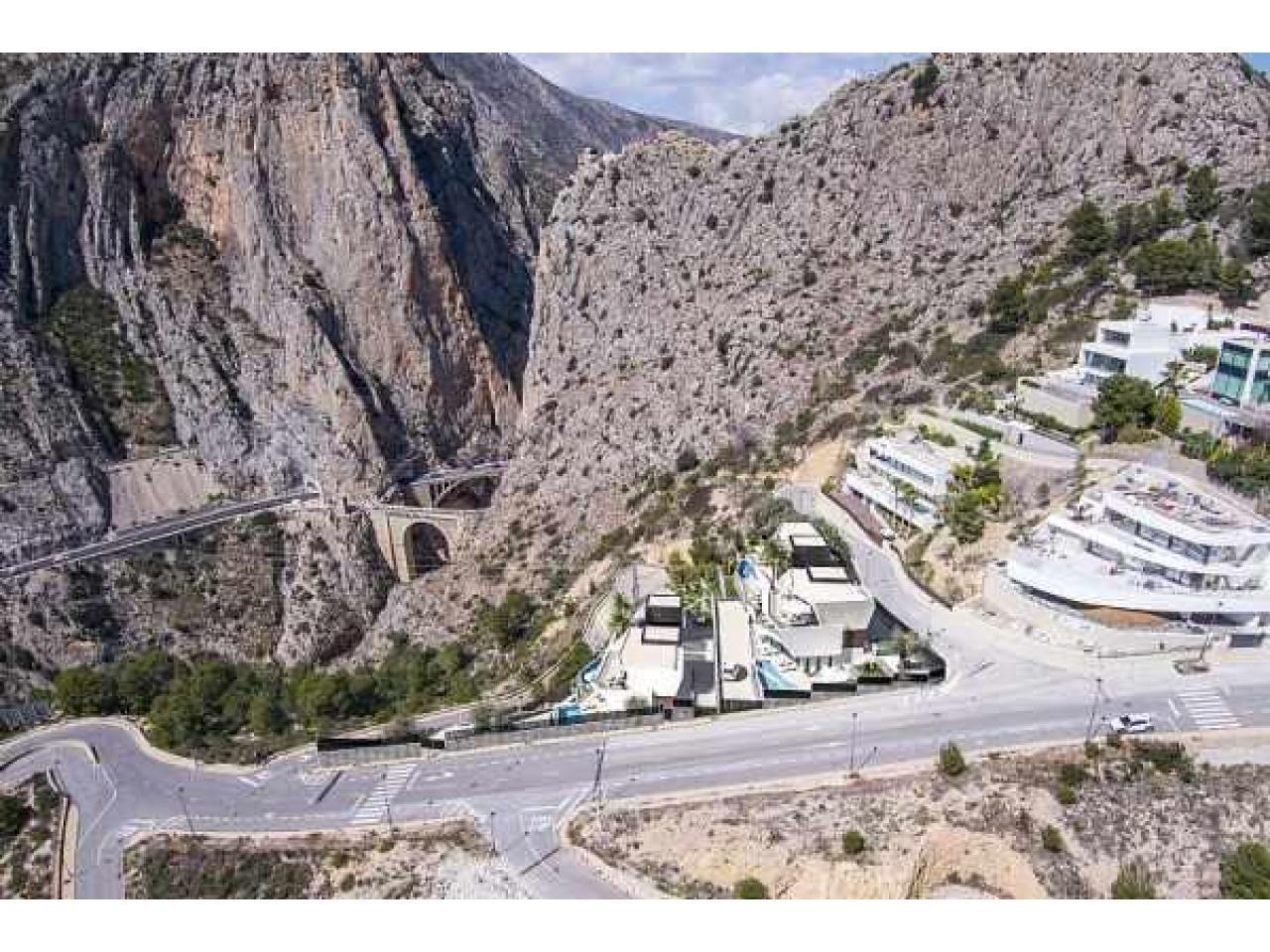 Недвижимость в Испании, Новая вилла с видами на море от застройщика в Альтеа,Коста Бланка,Испания - 6