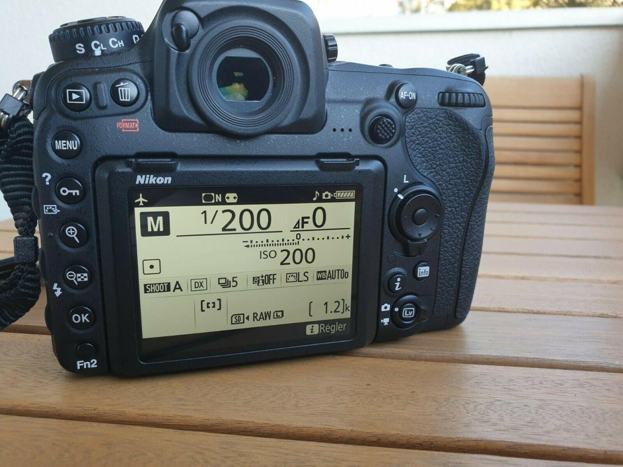 Nikon D500 камера в идеальном состоянии для продажи - 4
