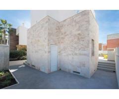 Недвижимость в Испании, Новая вилла рядом с пляжем от застройщика в Торревьеха,Коста Бланка,Испания - Image 10