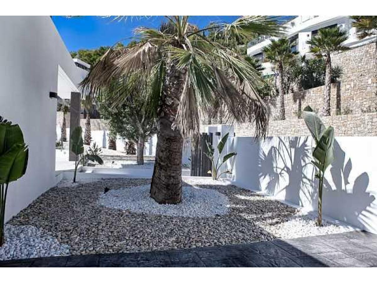 Недвижимость в Испании, Новая вилла с видами на море от застройщика в Венисса,Коста Бланка,Испания - 5